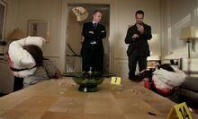 S01E07-Gregson Holmes murder scene