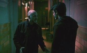 S06E19-Hathaway green
