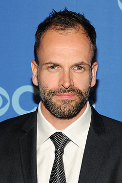 jonny lee miller keeping up appearances