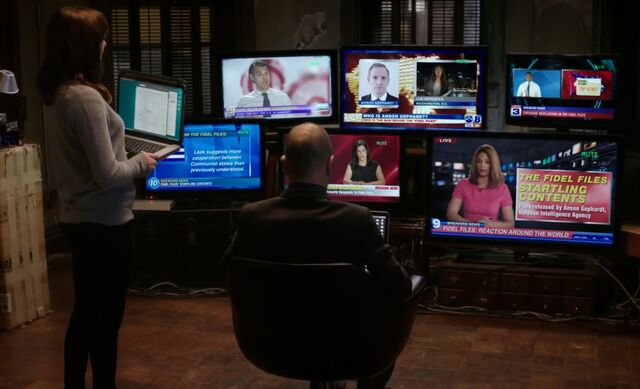 File:S05E16-Kitty Holmes TVs.jpg