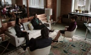 S01E08-Vanowen meeting