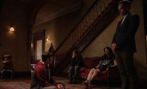 S03E04-Mason Kitty Watson Holmes