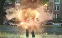 S05E01-Tom explodes