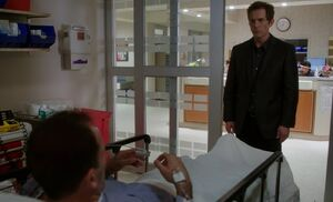 S06E07-Michael Sherlock in hospital