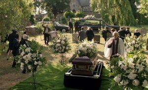 S02E01-Lestrade w grenade