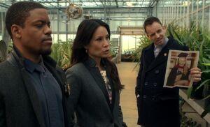 S03E23-Bell Watson Holmes greenhouse