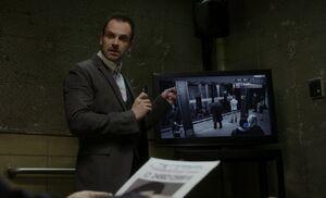 S01E18-Holmes interrogates Samuels