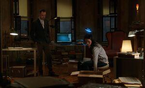 S02E19-Watson shreds files