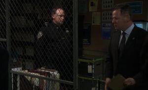 S02E14-Evidence locker