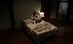 S01E18-Watson bedroom