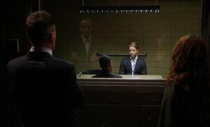 S03E05-Oosthuizen in box