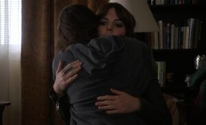 S03E10-Tess hugs Kitty