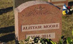 S02E20-Alistair grave stone