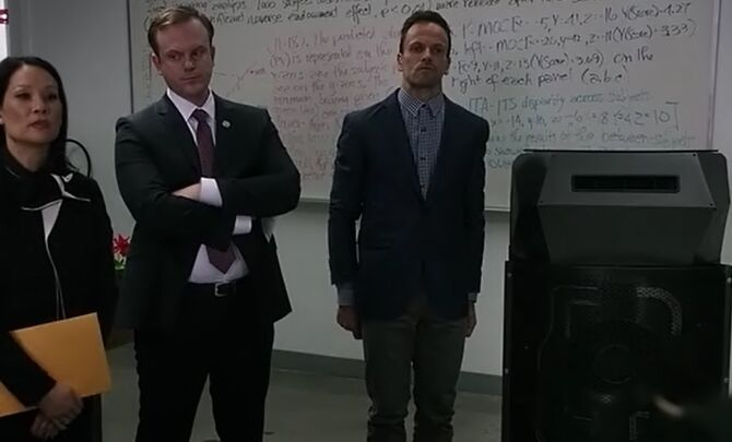 S04E02-Watson Burke Holmes shield