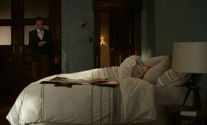 S05E03-Holmes wakes Watson violin