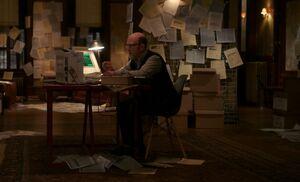 S03E19-Briggs at work