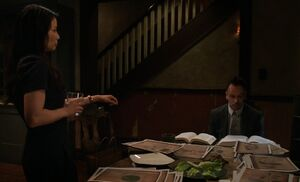 S03E21-Watson Clyde Holmes at table
