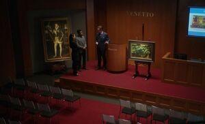 S06E10-Auction house