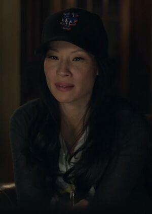 S01E01-Watson baseball hat