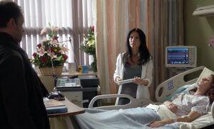 S01E02-Hospital w Yvette