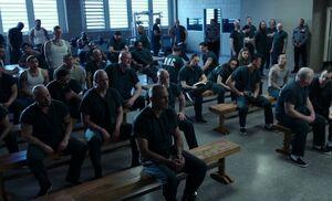 S01E21-Moran w inmates