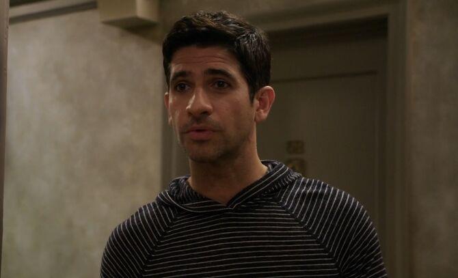 S03E01-Andrew head shot