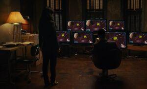 S06E17-Watson Holmes video game
