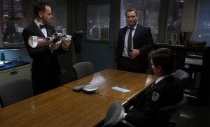 S02E13-Holmes and Nash