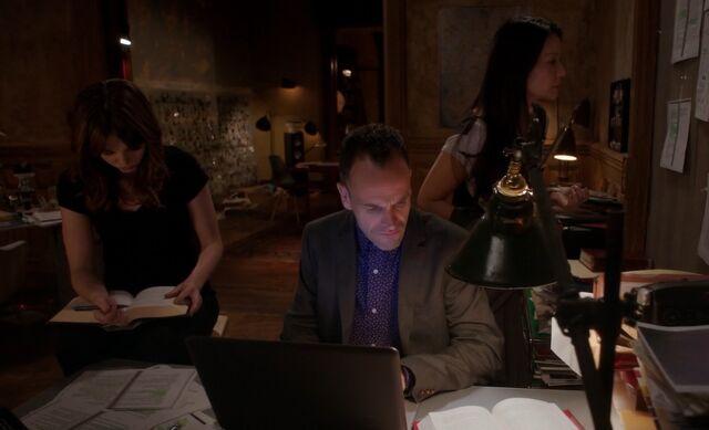 File:S03E09-Kitty Holmes Watson Twilight.jpg