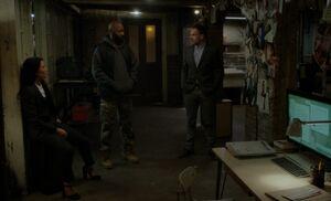 S05E09-Evidence wall