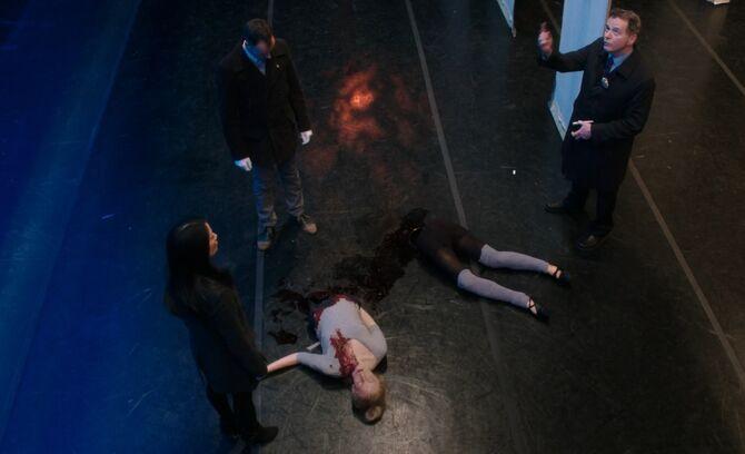 S02E15-Watson Holmes Gregson severed ballerina