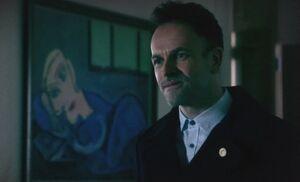 S03E20-Holmes green w Picasso