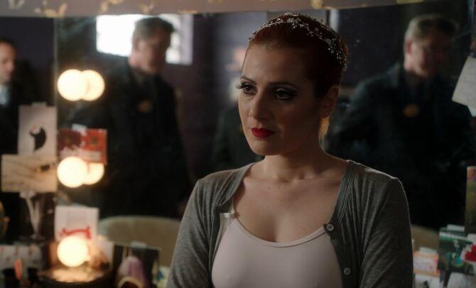 S02E15-Iris Lanzer