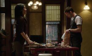 S01E02-Watson Holmes meal