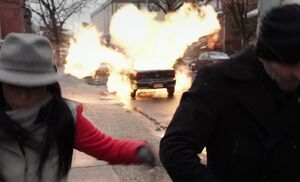 S02E13-Watson Holmes car explosion