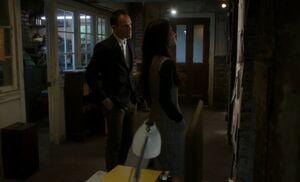 S05E10-Evidence wall