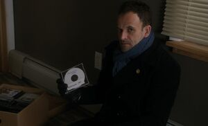 S05E11-Holmes Mannequin CD