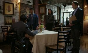 S06E08-Indian restaurant