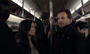 S01E01-Watson Holmes on subway