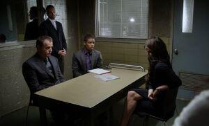 S02E02-Barrett in box