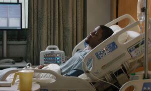 S02E10-Bell in hospital