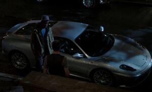 S01E08-Alfredo Holmes w Porsche
