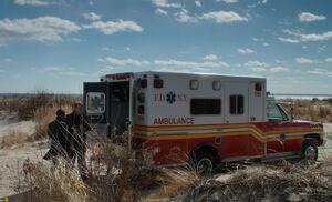 S03E21-Bell Gregson ambulance