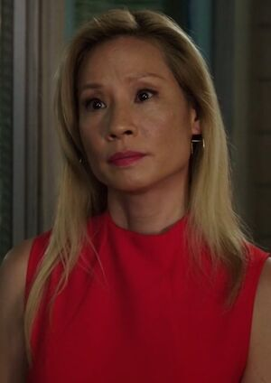 S07E05-Watson red dress
