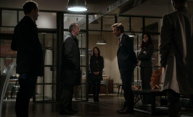 S01E11-Silver arrested