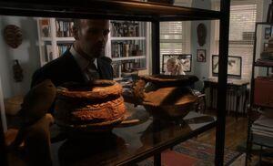 S02E06-Holmes bowls at Roneys
