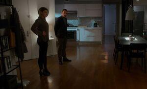 S04E12-Fiona Sherlock apartment