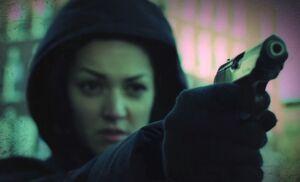 S01E16-Paula Reyes green
