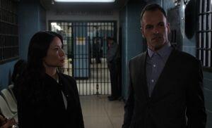 S03E07-Watson Holmes jail