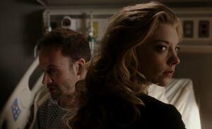 S01E24-Holmes Moriarty hospital